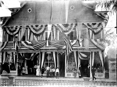 Aronovitz's Dry Goods Store, c. 1900. State Archives of Florida.Picture