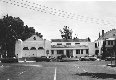PictureB'nai Israel Congregation, c. 1955. The left section of the building was constructed in 1935, with an addition added in 1950. State Archives of Florida.